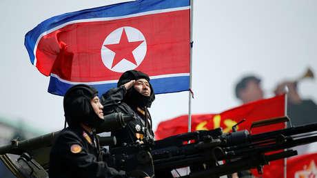 Soldados norcoreanos durante el desfile militar en honor de Kim Il-sung en abril del 2017