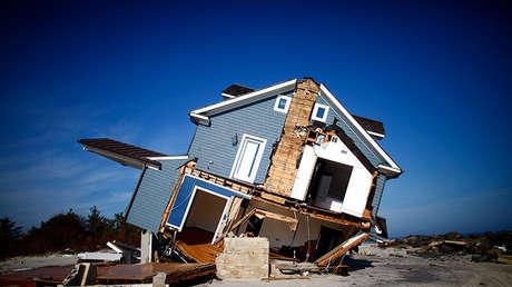 Una casa dañada por el huracán Sandy en Mantoloking, Nueva Jersey 12 de noviembre de 2012.