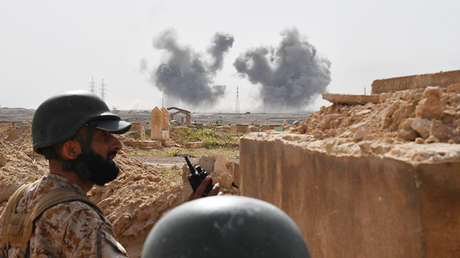 Un militar sirio en las cercanías de Deir ez Zor