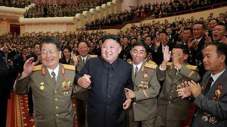 Kim Jong-un felicita a sus científicos por la prueba de bomba de hidrógeno