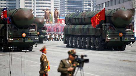 Desfile militar en Pionyang, Corea del Norte, 15 de abril de 2017.