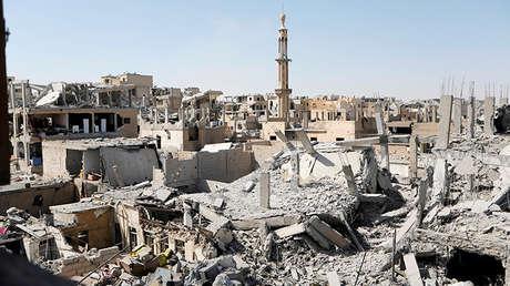 Edificios destruidos durante los combates contra el Estado Islámico en Raqa, Siria, el 19 de agosto de 2017.