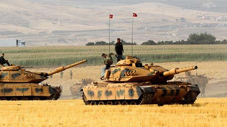 Tanques iraquíes durante un ejercicio militar cerca de la frontera turco-iraquí, el 20 de septiembre de 2017.