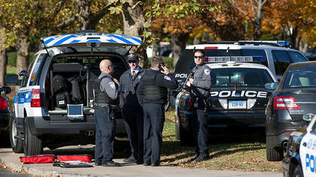 Varios policías en Connecticut, EE.UU., el 4 de noviembre de 2013.