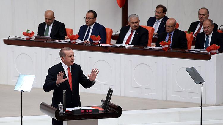 """Erdogan: La UE """"nos falló"""", ya no necesitamos ser miembros del bloque comunitario"""
