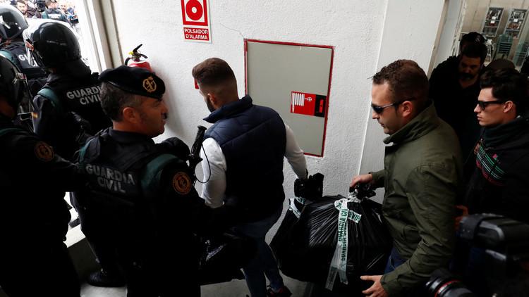 Assange sobre el referéndum catalán: La fuerza policial española incautó cerca de 700.000 papeletas