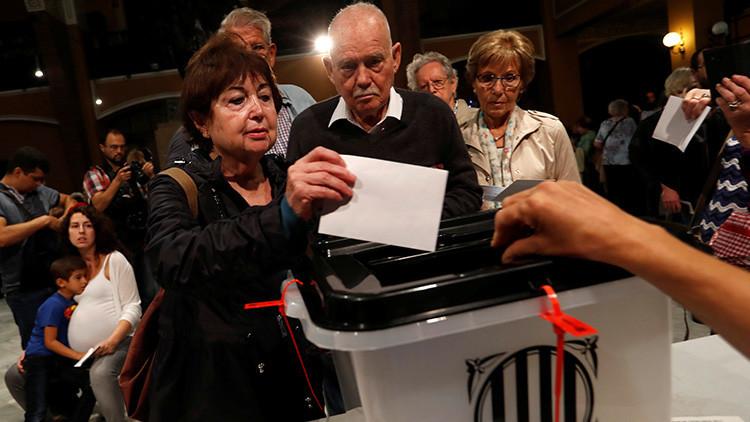 El recuento que suma 100,88%: Los motivos para no confiar en el referéndum catalán