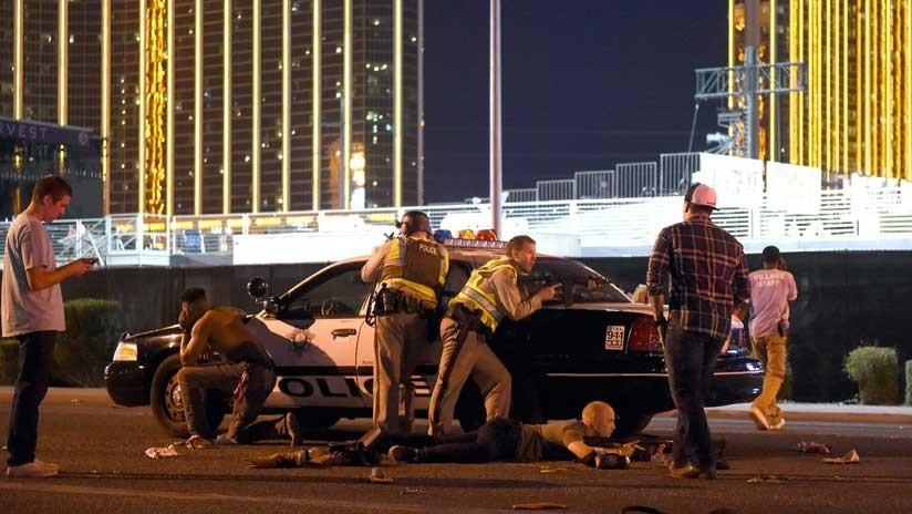 Matar a 58 y herir a 500 en 12 minutos: Cómo las masacres enriquecen la industria de las armas