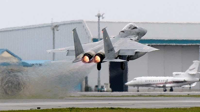 Un F-15 japonés pierde parte de un misil cuando trataba de interceptar un avión