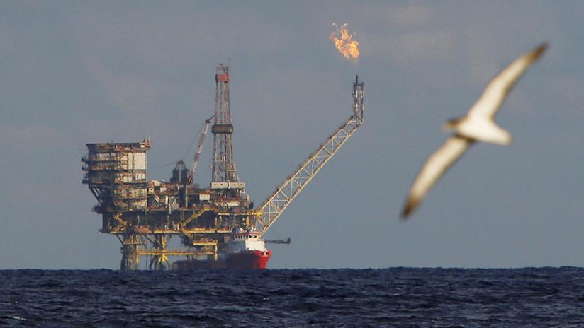 Varias petroleras cierran sus plataformas en el golfo de México debido a la tormenta tropical Nate