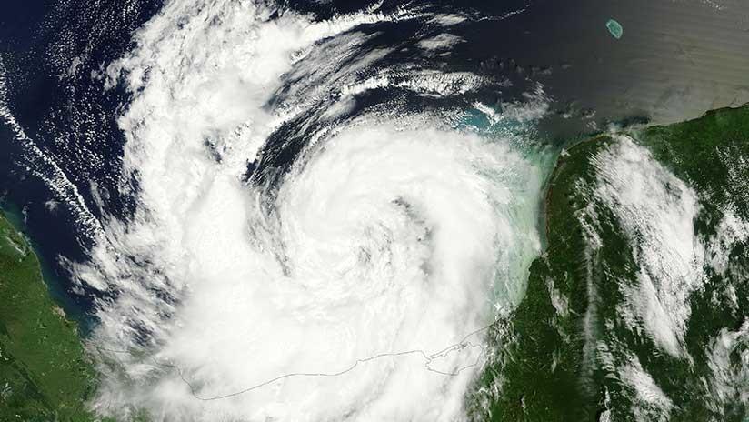 VIDEO: La NASA publica imágenes satelitales del huracán Nate en el golfo de México