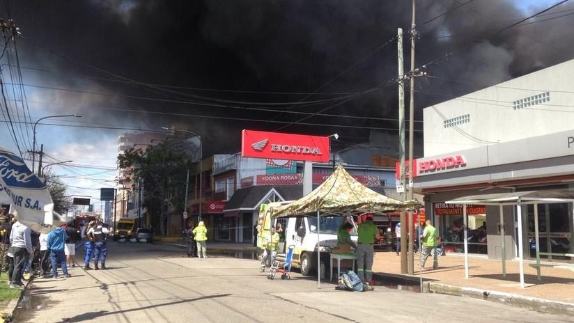 Impresionante incendio en un centro comercial de Argentina (VIDEOS, FOTOS)