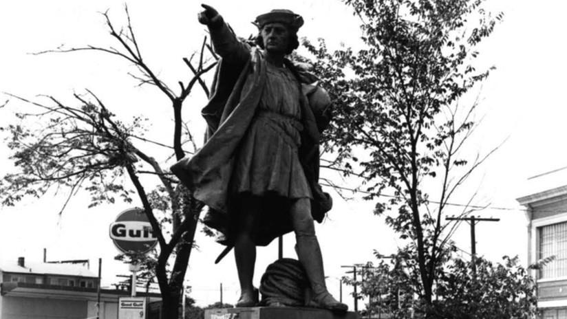 Profanación en serie: bañan en rojo las esculturas de Colón en EE.UU.