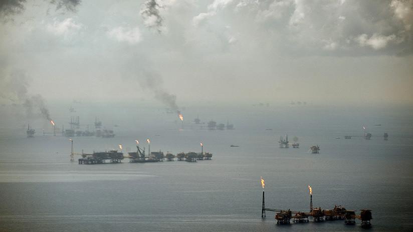 La tormenta Nate interrumpe el 90% de la producción de petróleo en el golfo de México