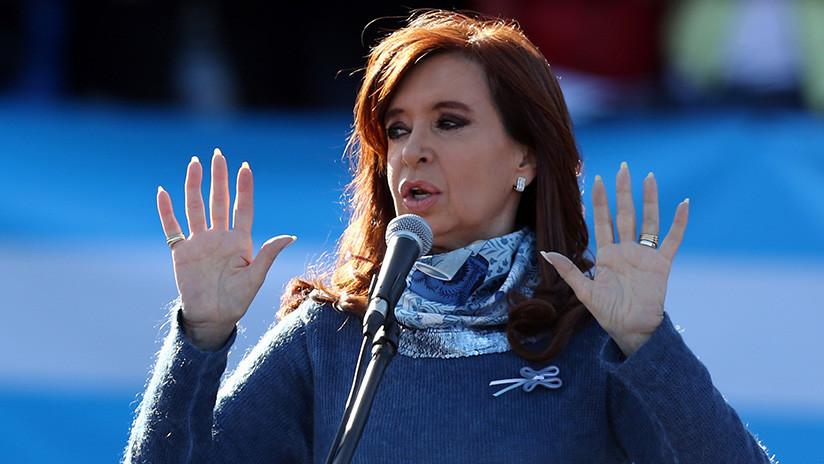 "Cristina Fernández de Kirchner: ""Encabezo la lista negra de Mauricio Macri"""