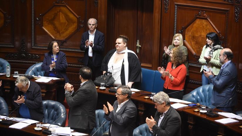 Uruguay: Asume funciones la primera senadora transexual