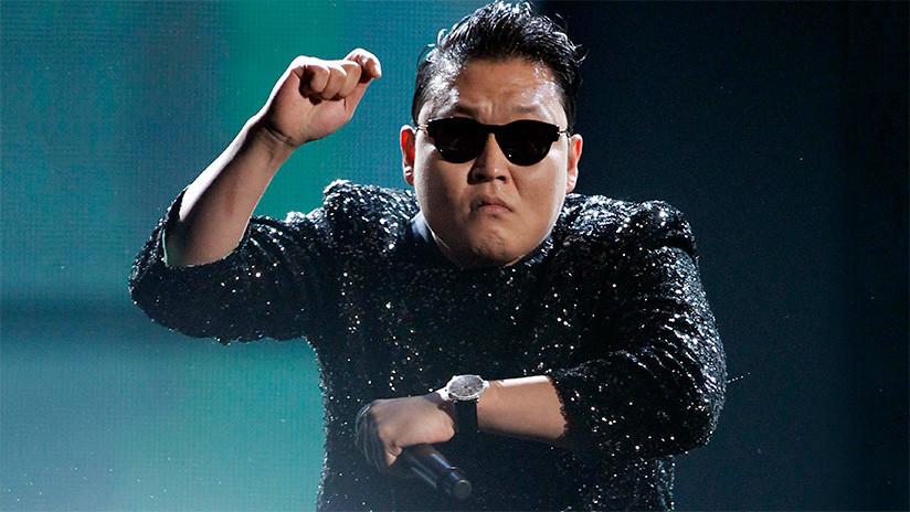 """FOTOS: El """"horrible"""", """"diabólico"""" y """"excesivamente costoso"""" monumento a 'Gangnam Style'"""