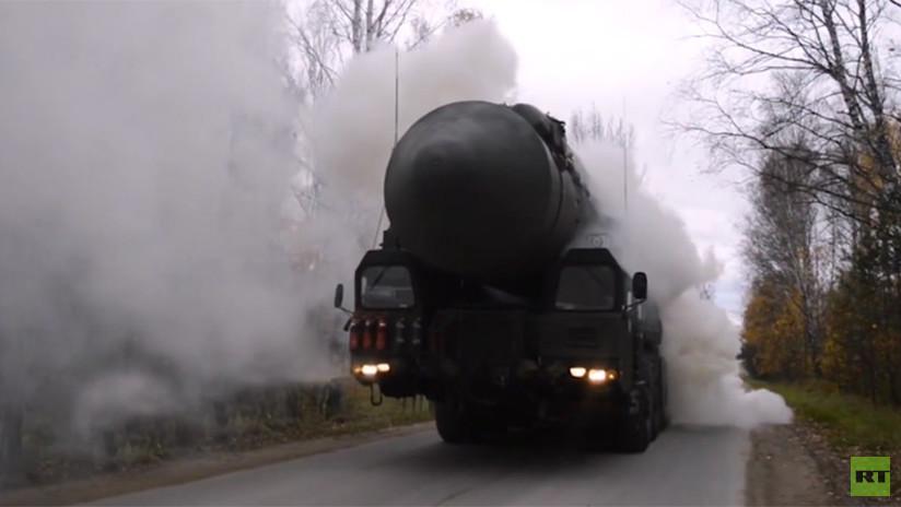 VIDEO: Las lanzaderas rusas de misiles intercontinentales Yars, a prueba de radiación