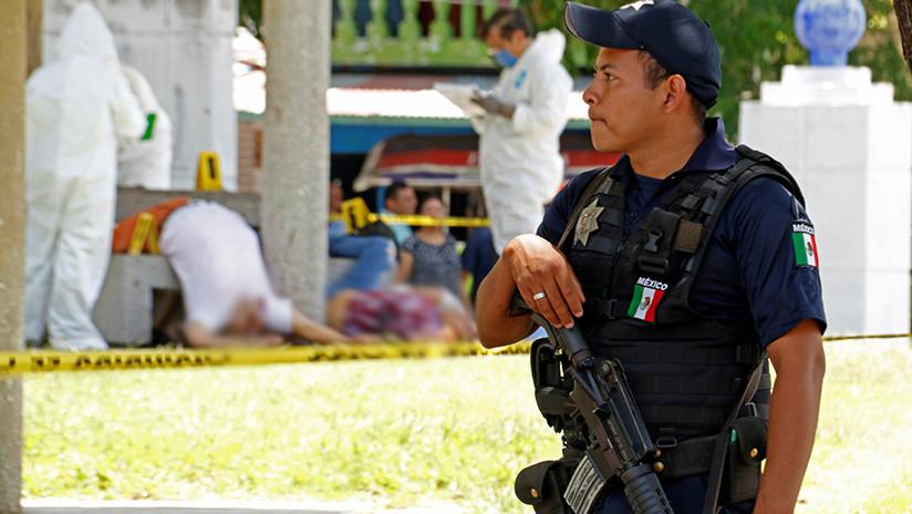 Otra masacre en México: Entierran a una familia entera en el patio de una casa