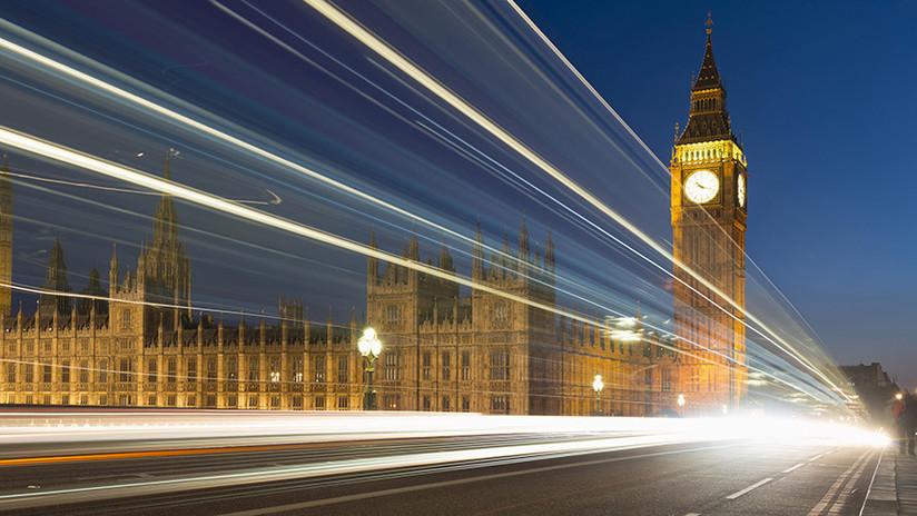 "Culpan a Irán de hackear ""con fuerza bruta"" a parlamentarios británicos"