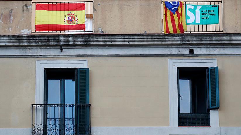Las redes no perdonan a Puigdemont la falta de claridad sobre su declaración de independencia