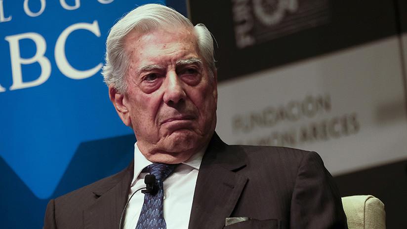 """Mario Vargas Llosa en Moscú: """"Tras el Nobel uno debe demostrar que sigue vivo y no es una estatua"""""""