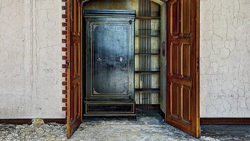 Un británico descubre que su armario había pertenecido a un ilustre propietario (FOTO)