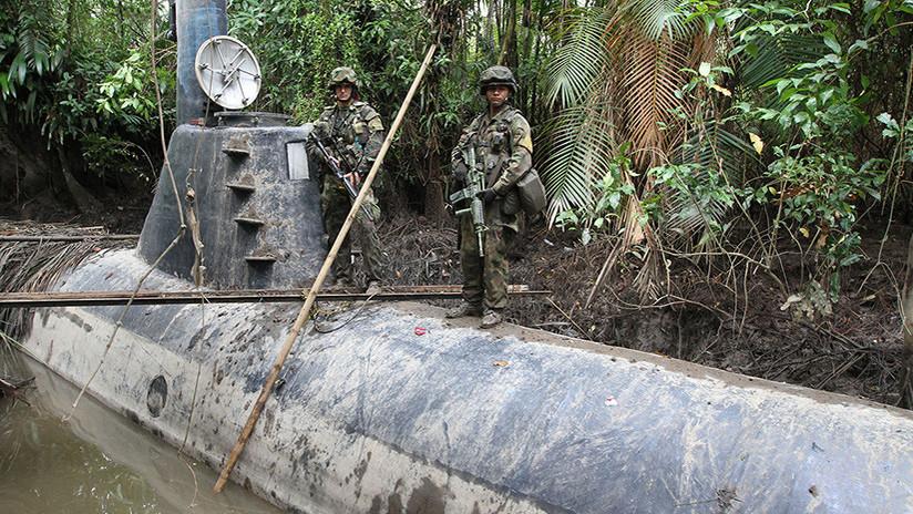 El armamento secreto de los imperios narco: fuerzas de tierra, aire y mar (FOTOS)