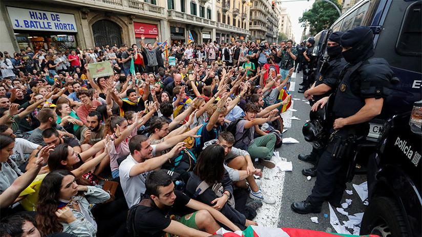 """""""La violencia en Cataluña necesitaba un mejor escrutinio en esta era de noticias falsas"""""""