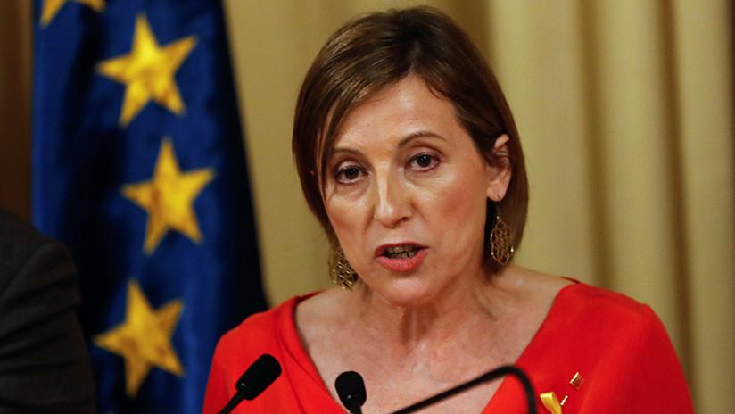 """La presidenta del Parlamento catalán acusa a Rajoy de dar un """"golpe de Estado"""""""