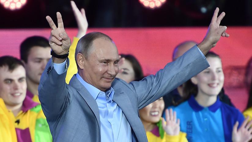 VIDEO: Putin se dirige en inglés a los participantes del Festival de la Juventud en Sochi