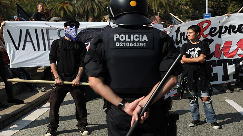 """El canciller español asegura que hubo muchas imágenes """"falsas"""" de violencia policial el 1-O"""