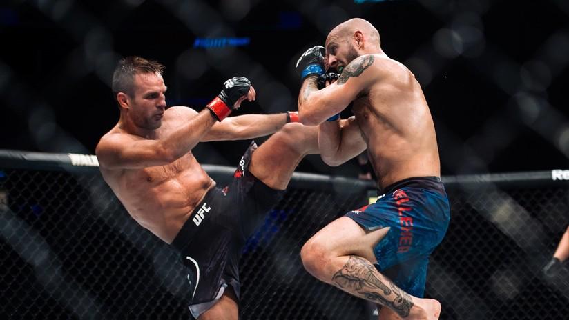 Salvaje paliza: un luchador de UFC continúa golpeando a su rival noqueado (VIDEO)