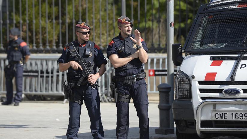 """El Gobierno español controlará a los Mossos para """"hacer cumplir la ley"""" en Cataluña"""