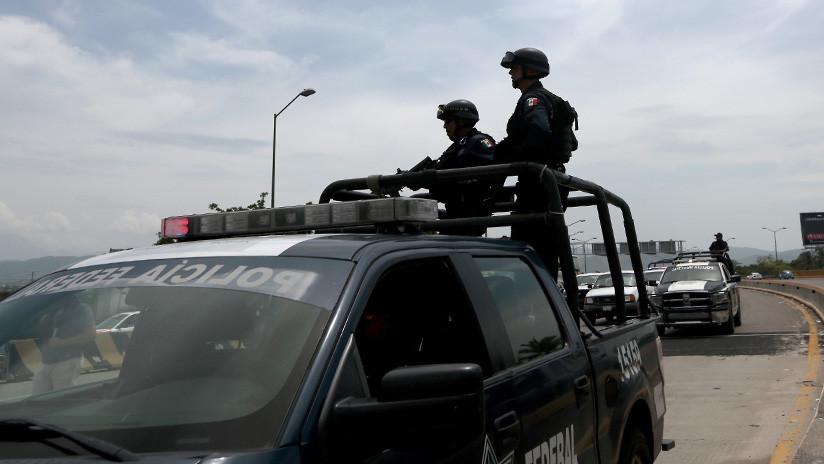 """Policía acusada de abusar de activista mexicana: """"Lo que hice fue protegerla, no soy una violadora"""""""