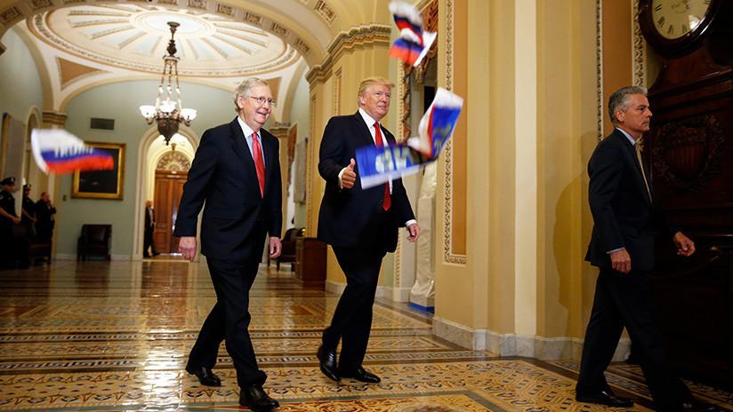 Trump fue 'bombardeado' con banderas rusas en el Congreso de EE. UU. (Fotos, video)