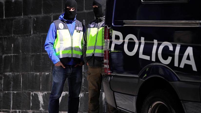 España: Detienen a una docena de responsables policiales acusados de corrupción