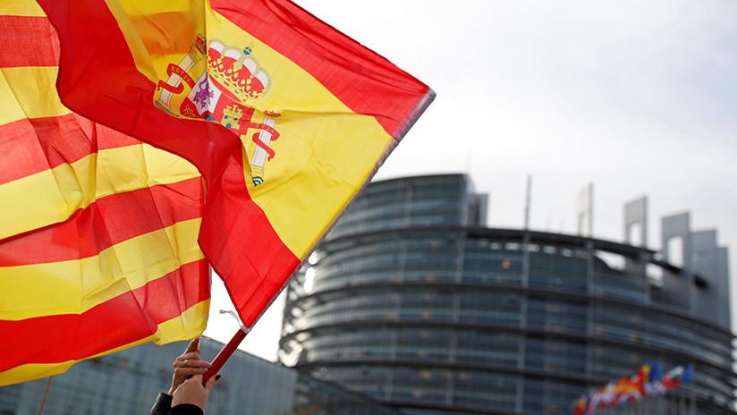VIDEO: Protesta en Barcelona contra la suspensión de la autonomía en Cataluña