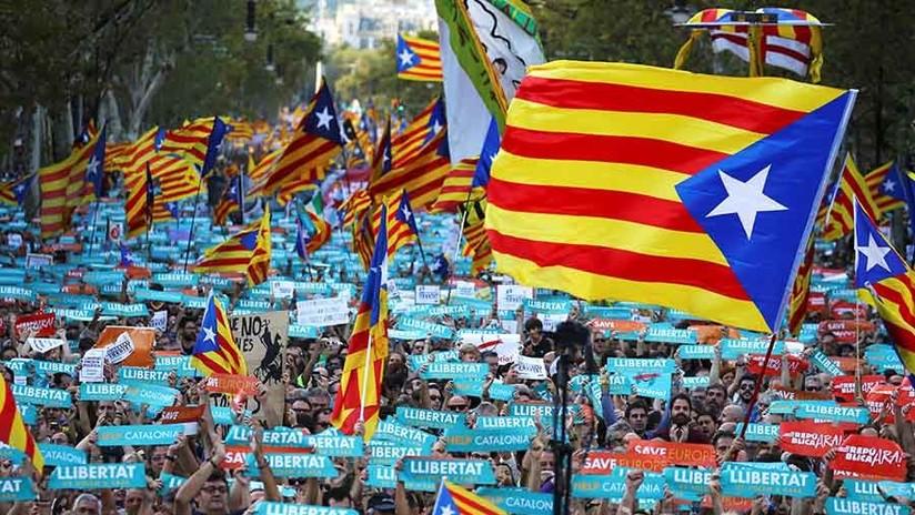 Convocan una manifestación independentista frente al Parlamento de Cataluña