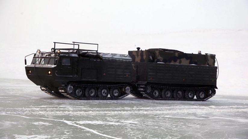 Pan todoterreno: Rusia finaliza unas pruebas de maquinaria militar auxiliar para el Ártico (fotos)
