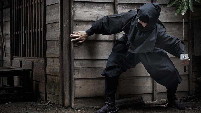 Anciano de día y ninja de noche: Arrestan a un escurridizo ladrón de 74 años en Japón