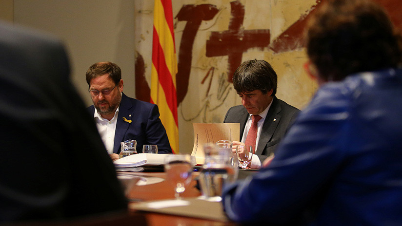 """""""Han llegado tarde"""": Puigdemont presenta alegaciones al artículo 155"""