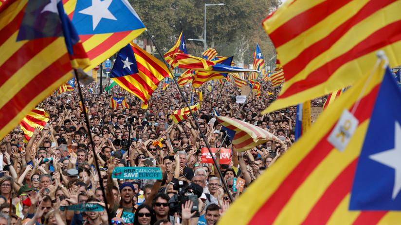 El 'Parlament' declara la independencia de Cataluña