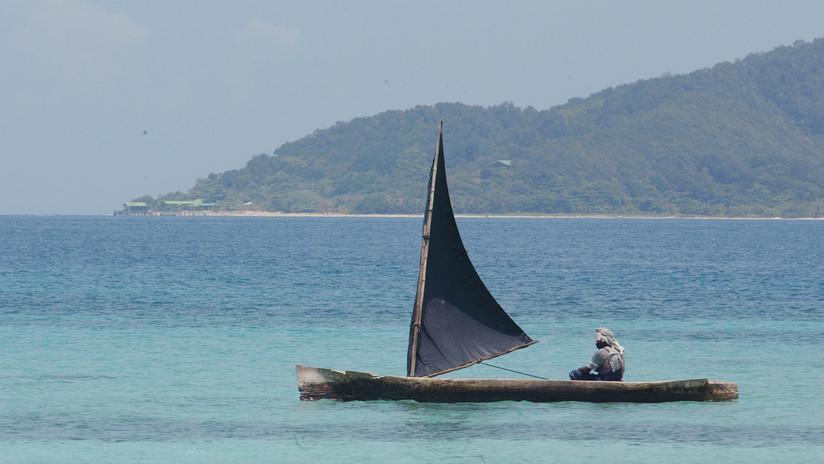 """Descubren en el Caribe un estremecedor """"mar de plástico y poliestireno"""" (FOTOS)"""