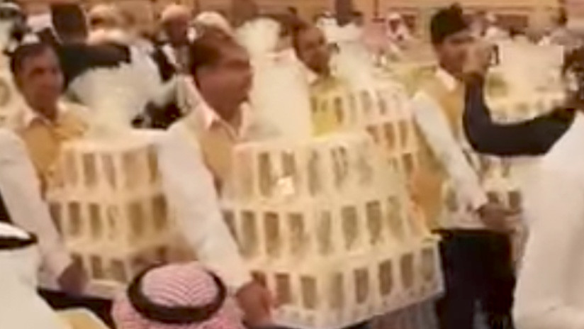 Un 'mar de iPhone 8' inunda una boda en Arabia Saudita (VIDEO)
