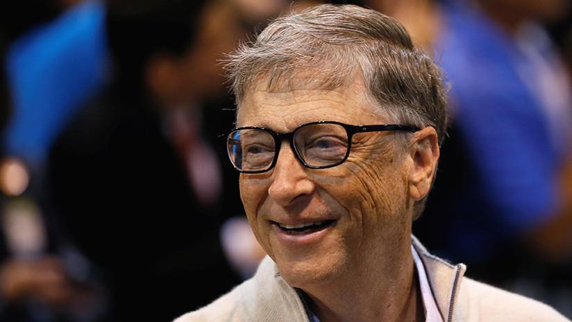 Bill Gates cede el primer lugar en la clasificación de multimillonarios de 'Forbes'