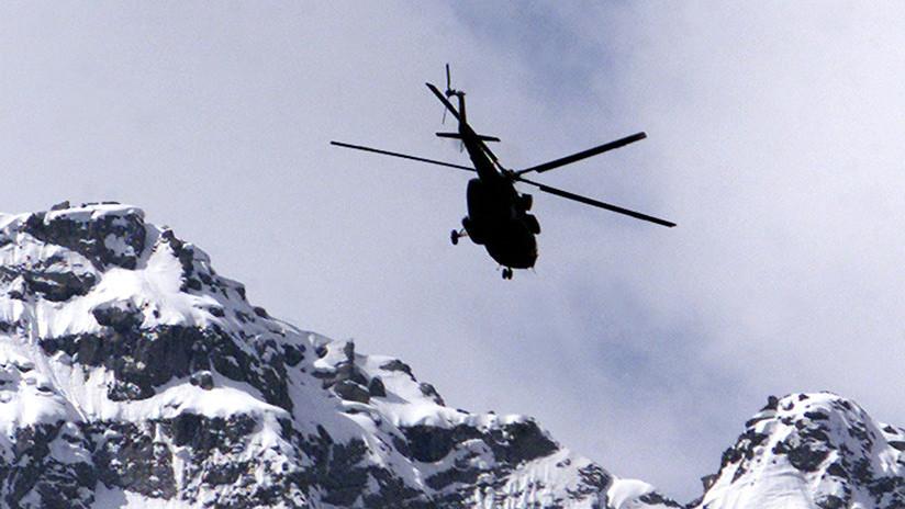 Un bidón de queroseno provoca que un helicóptero se estrelle y mueran todos los pasajeros (VIDEO)