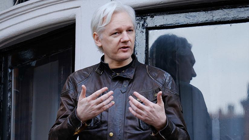 Assange explica cómo WikiLeaks obtuvo acceso a los correos electrónicos de Hillary Clinton