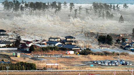 Tsunami originado por el terremoto de magnitud 9,0 ocurrido el 11 de marzo de 2011 en la región japonesa de Tohoku.