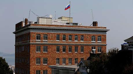 El edificio del consulado ruso en San Francisco, EE.UU.